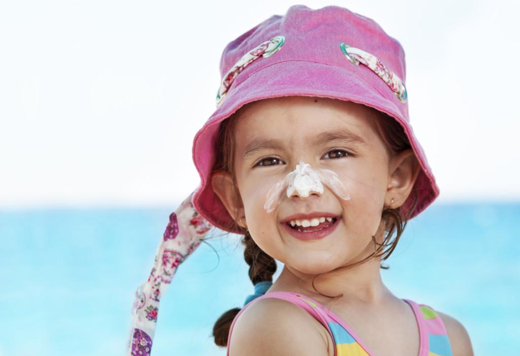 1_Come-proteggere-i-bambini-dal-sole-2 (1)