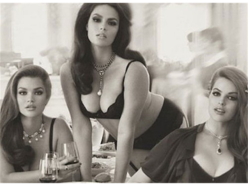 1_cover_La-version-italienne-de-Vogue-consacre-sa-couverture-de-juin-aux-trois-bombes-de-la-mode-grande-taille-