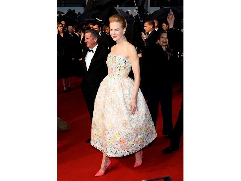 9_Nicole Kidman, en un look haute couture SS13 de Christian Dior