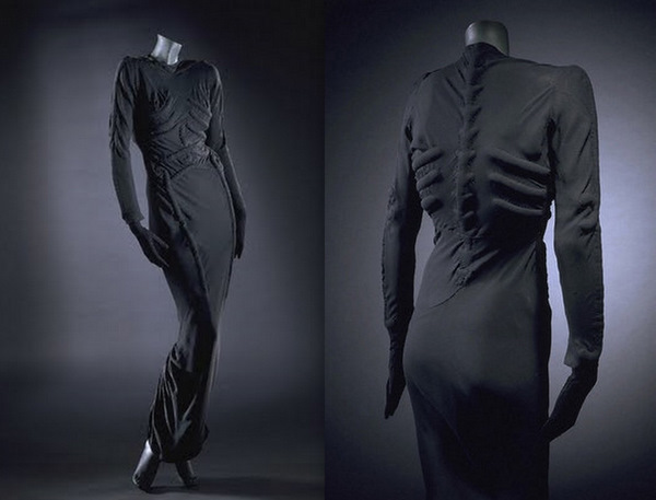 elsa-schiaparelli-skeleton-dress