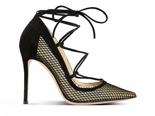 Gianvito-Rossi-FW-15-16_Mesh-pump-with-cross-over-suede-lacing