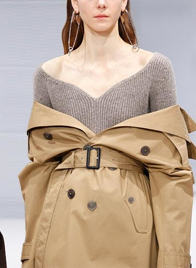 Balenciaga_fall_winter_2016_2017_collection_Paris_Fashion_Week1