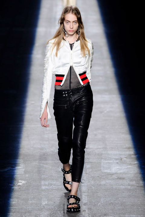 hbz-ss2016-trends-bombers-02-alexander-wang-rs16-2665