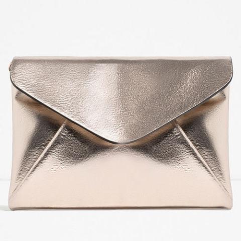 gallery-1466705309-zara-metallic-gold-envelope-clutch