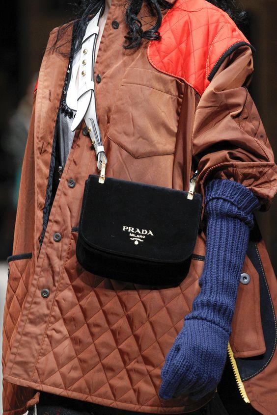 stylish-velevet-bag-design-ideas-for-girls-3
