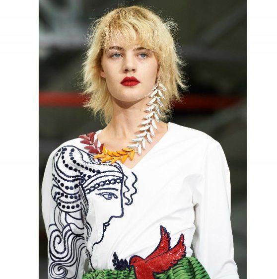Tendenze-make-up-london-fashion-week-mary-katrantzou-800x599