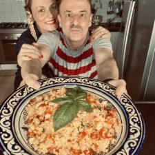 Cous Cous allo zafferano con pomodori datterini e feta
