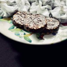 Barrette proteiche di riso soffiato e cioccolato